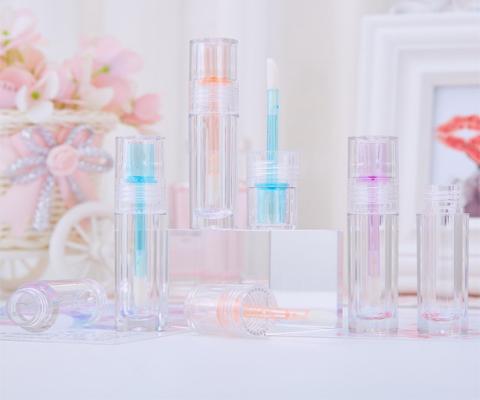 clear lip gloss tube featured photo