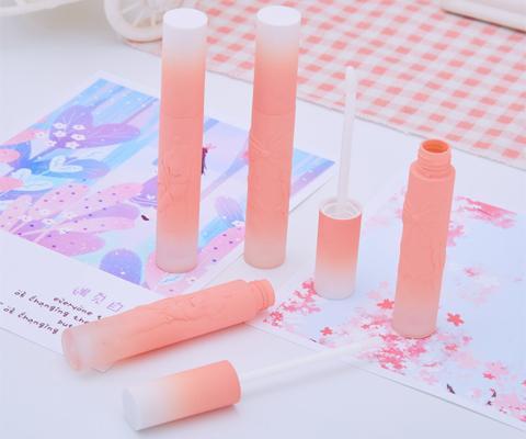 lip gloss tube packaging front