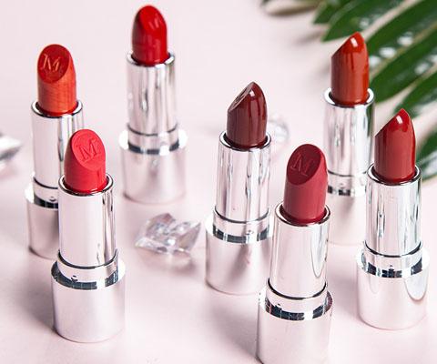 lipstick M